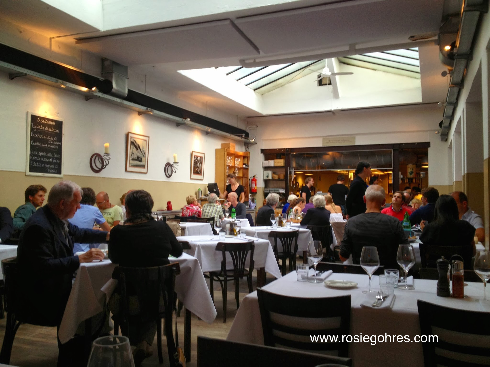 Toscanini Italian Restaurant in Amsterdam - Rosie Gohres