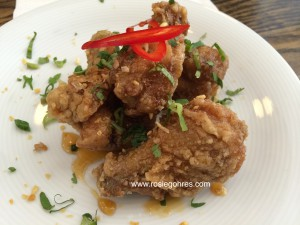Crispy wings with caramelised fish sauce